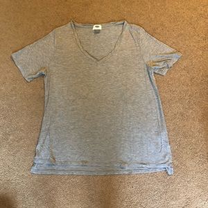 Old navy simple gray v-neck tee